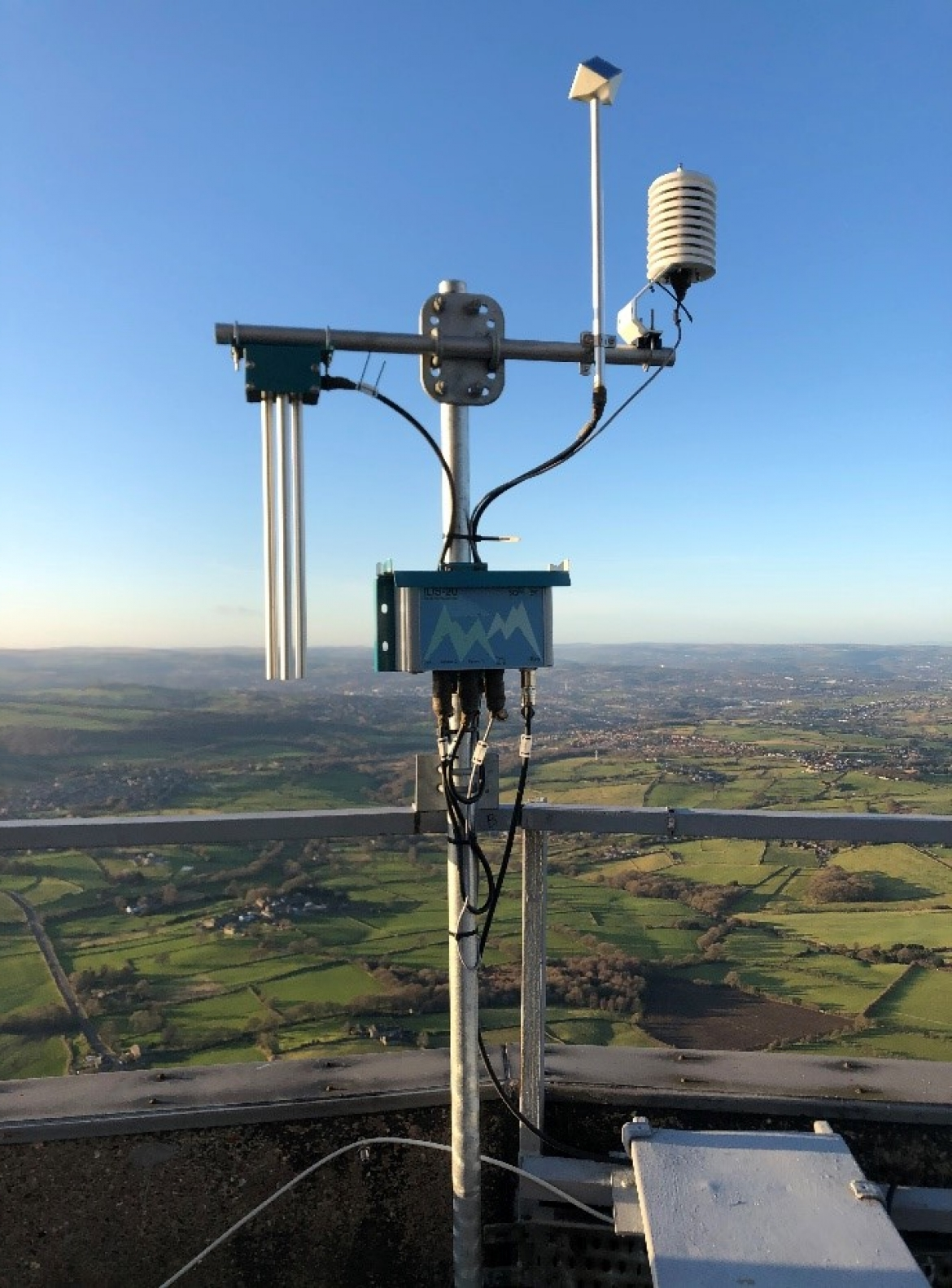 Ice monitoring on Emeley-Moor-Tower